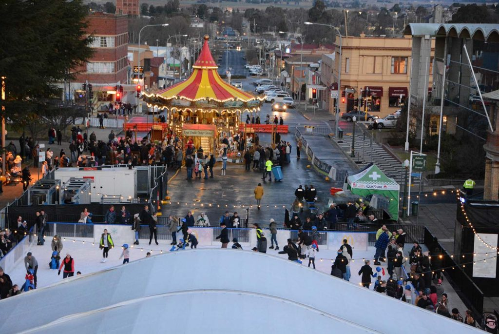 Bathurst Winter Fair, top of ferris wheel, medium size, photographer, Mark Cordato, Orthodontist
